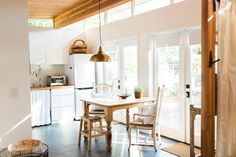 A bright, modern guesthouse in San Rafael, California, made from a prefab home from Modern Shed.