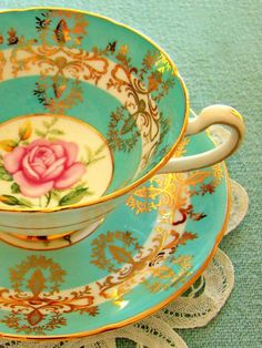 Charming Collection Of Vintage Tea CupsI have a whole lot of these! Very pretty..
