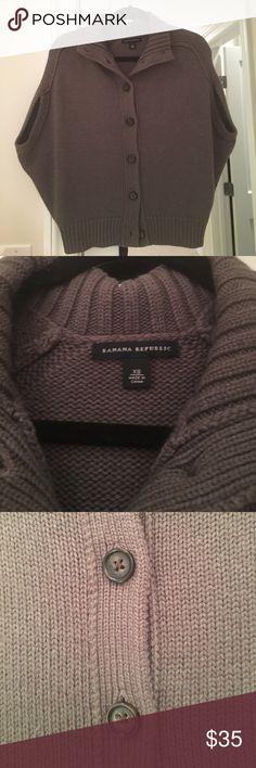 Banana republic cacoon sleeve sweater Banana republic cacoon sleeve sweater. Size xs. Taupe. Banana Republic Sweaters Cardigans