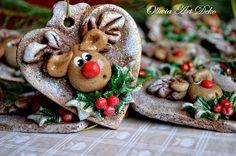 Reindeer in Heart Christmas Ornament Clay Christmas Decorations, Polymer Clay Christmas, Diy Christmas Ornaments, Christmas Cookies, Salt Dough Crafts, Salt Dough Ornaments, Clay Ornaments, Christmas Hearts, Christmas Mood