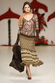 Francis Montesinos - Ready-to-Wear - Runway Collection - Women Fall / Winter 2007