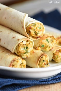 Baked Chicken Taquitos Recipe - Belly Full These homemade Baked Chicken Taquitos rival anything you'll buy at the store. Super easy, flavorful, and freeze beautifully so you can make extra and have a meal for later! Mexican Dishes, Mexican Food Recipes, Dinner Recipes, Cream Cheese Recipes Dinner, Top Recipes, Cooking Recipes, Healthy Recipes, Taquitos Recipe, Homemade Taquitos