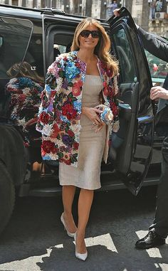 Melania Trump First Lady Wardrobe Fashion PR Backlash Jackie Kennedy, Melanie Trump, Most Expensive Clothes, French First Lady, Church Suits And Hats, Church Hats, First Lady Melania Trump, Trump Melania, Costumes For Women