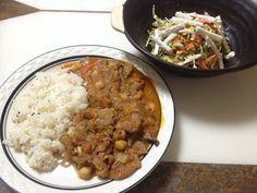No.11豆とキノコと根菜とにく(ベジミート)のカレー。(サラダはごぼうサラダ)(2/6 22:00)