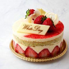 La Pâtisserie de Clémentine : Fraisier フレジェ #fraise #strawberry #cake #printemps #spring