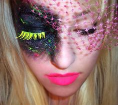 RAVE MKUP  hot mess so it works,if ur other eye gets messed up, you have a net that's forgiving...do not plan on keeping those neon eyelashes, they'll be half off, halfway thru the nite, that's why this would work well, keep the other from the set of 2 handy in your purse with glue....however, THIS WILL SUCK and you'll be drunk, so I'd say bye bye to the eyelash, unless you like adhesive in your eye which is NOT A GOOD TIME! Recommend a cool contact in this eye instead....still uncomf but…