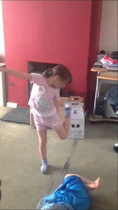 Sophie is mad, here is a video of her prancing about with little tubs on her feet as ballet shoes. Family Video, Watch V, Tubs, Ballet Shoes, Mad, Videos, Bathtubs, Ballet Flats, Soaking Tubs