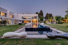 Unique Contemporary Villa   Archifan Blog