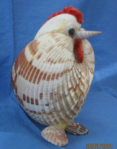 "Vintage Seashell Art - Whimiscal Chicken - Folk Art - 4 1/2""x3 1/2"" - Cute One"