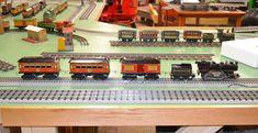 Great little American Flyer Set Popular Hobbies, Great Hobbies, Third Rail, Trains For Sale, Garden Railroad, Railroad Companies, Standard Gauge, Train Engines, A Whole New World