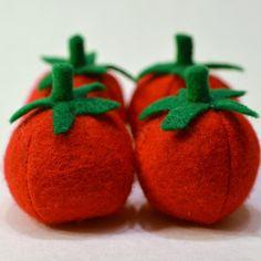 WTS ∙ Felt Food Tomatoes Children's Play Food by FeltFarmMarket on Etsy