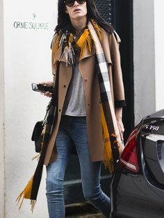 scarfing it. #AshleighGood #offduty in London.