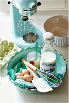 #Libelle KitchenAid ♥ //  Minty House Blog  @Hannah Applequist-Twichell  - this looks like it could be in your kitchen!