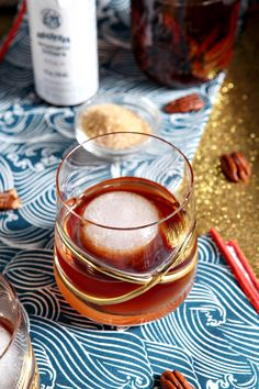 14 Delicious Holiday Cocktails That Actually Aren't Horrible For You