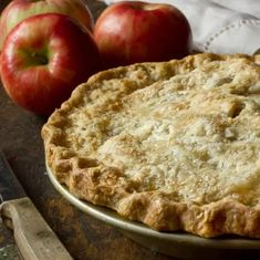 7 Recipes For Apples That Are Going Bad Easy Pie Recipes, Apple Pie Recipes, Fall Recipes, Delicious Recipes, Holiday Recipes, Vegan Recipes, Double Crust Apple Pie Recipe, Recipe Double, Classic Desserts