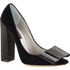 louis-vuitton-beauty-pump- I LOVE THEIR SHOES! so comfortable