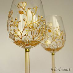 Bottle Painting, Bottle Art, Bottle Crafts, Decorated Wine Glasses, Hand Painted Wine Glasses, Pearl Wedding Anniversary Gifts, 30th Anniversary, Wedding Wine Glasses, Glass Painting Designs
