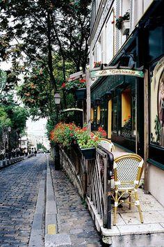 Paris - sidewalk cafe