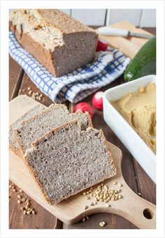 Chleb bezglutenowy z kaszy, wody i soli