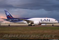 LAN Airlines CC-BBB Boeing 787-8 Dreamliner aircraft picture