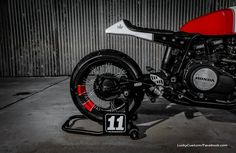 Honda VF750 Café Racer 5