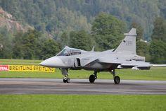 Das ist eines meiner Lieblingsflugzeuge! Fighter Jets, Aircraft, Vehicles, Plane, Aviation, Airplanes, Cars, Planes, Vehicle