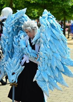 Bleach toshiro hitsugaya bankai by (the amazing Hannah! Bleach Characters, Video Game Characters, Amazing Cosplay, Best Cosplay, Cool Costumes, Cosplay Costumes, Cosplay Ideas, Cosplay Armor, Anime Cosplay