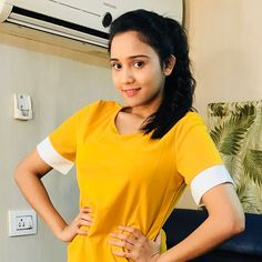 Image may contain: 1 person, standing Beautiful Girl Indian, Beautiful Indian Actress, Teen Actresses, Indian Actresses, Girl Pictures, Girl Photos, Sweet Girl Photo, Sweet Girls, Innocent Love