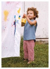 14 Fun Outdoor Toddler Activites Michele Sanderlin onto Chris Activities (not just for toddlers! Outdoor Activities For Toddlers, Games For Toddlers, Fun Crafts For Kids, Preschool Activities, Toddler Play, Toddler Preschool, Toddler Crafts, Bottle Painting, Spray Painting