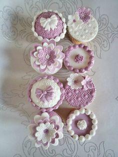 daisy vintage cupcakes