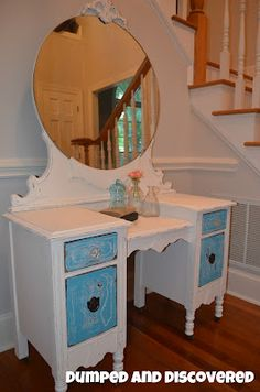 Dumped and Discovered: Waterfall Vanity Makeover. I've seen so many of these ugly dressers and this is an amazing way to make one over! Chest Furniture, Blue Furniture, Refurbished Furniture, Upcycled Furniture, Furniture Makeover, Painted Furniture, Furniture Ideas, Vanity Redo, Dresser Vanity