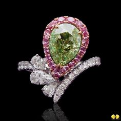 A fancy yellowish green pear-shaped with such saturation is what makes fancy green diamonds so rare and coveted! Visit us at #BaselWorld2017 in Hall3, D18 to see our collection of rare fancy color diamonds 🍋🍋 #NovelCollection #NovelCollectionAsia #Novel #NaturalNovel #FancyPinkDiamond #FancyBlueDiamond #FancyYellowDiamond #Diamond #HighJewelry #JewelryOfInstagram #LooseDiamonds #Diamonds #FancyColorDiamond #BlueDiamond #YellowDiamond #PinkDiamond #Shanghai #DiamondsOfInstagram #Singapore…