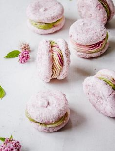 pretty pink macarons