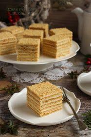 ...konyhán innen - kerten túl...: Marlenka Sweet Desserts, Dessert Recipes, Honey Cake, Food Articles, Winter Food, Waffles, Muffin, Good Food, Food And Drink