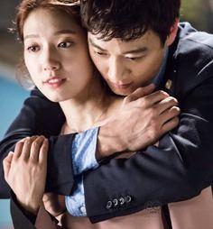 Doctors: Kim Rae Won and Park Shin Hye behind the scence PD note Doctors Korean Drama, Kim Rae Won, Girl Doctor, Drama 2016, Hallyu Star, Park Shin Hye, Korean Actors, Korean Dramas, Parks
