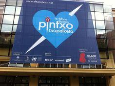 Lona para la fachada del Mercado del Ensanche para el evento de entrega de premios de Pintxo Txapelketa 2013.