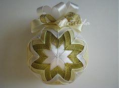 Matilda / Patchworková guľa - biela, vanilková a zlatá