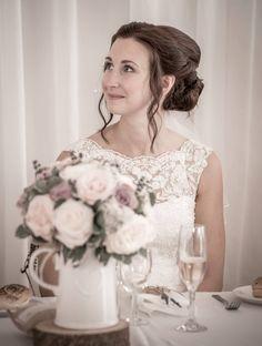 Ray Lockyer Yeovil Wedding Photographer - Bride during speeches