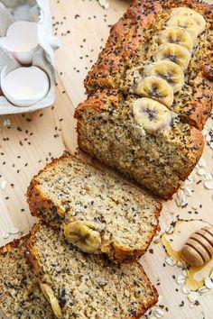 Sesame Chia Banana Bread with Honey and Tahini Recipe is part of Banana bread - Sesame Chia Banana Bread with Honey and Tahini Recipe A moist, tasty and healthy banana bread with tahini, honey, sesame seeds and chia seeds! Healthy Sweets, Healthy Baking, Healthy Recipes, Tofu Recipes, Delicious Recipes, Free Recipes, Healthy Banana Bread, Banana Bread Recipes, Banana Bread Honey