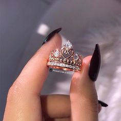 For my queen TAG someone who must see this ... . . Ring from @phantomjewels . . #ringselfie #engagementring #weddingring #weddingband #proposal #engagement #bridetobe #ido #gettingmarried #shesaidyes #accessory #nailsdid #nailstagram #nailsdone #weddingjewelry #jewelrydesigner #jewellery #diamond #sparkly #diamondring #engagementrings #happygirl #bae #dream #fashionblogger #rosegold #wedding #marryme