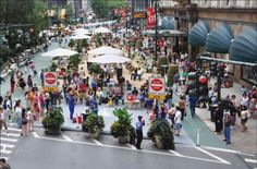 Herald Square- Free WiFi provided by the 34th Street Partnership