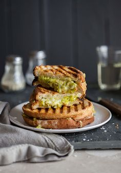 Buttery leeks and cheddar cheese toasted sandwich on sourdough | http://DrizzleandDip.com
