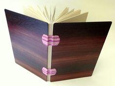 caderno pautado, papel reciclado, 15x21cm, encadernação artesanal tecida por Luisa Gomes Cardoso.