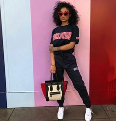 Look at more ideas about Design and style clothes, Plunder attire and Female fashion. Tomboy Outfits, Chill Outfits, Dope Outfits, Swag Outfits, Trendy Outfits, Fashion Outfits, Club Outfits, Grunge Outfits, Sweater Outfits