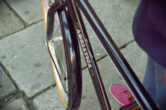 Week End Man Man, Bicycle, Tableware, Vehicles, Bicycle Kick, Dinnerware, Dishes, Bicycles, Car