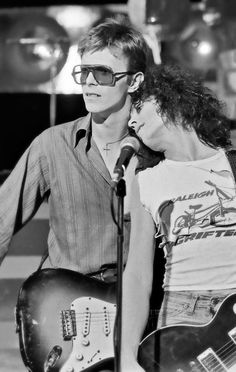 1977, Bowie & Bolan