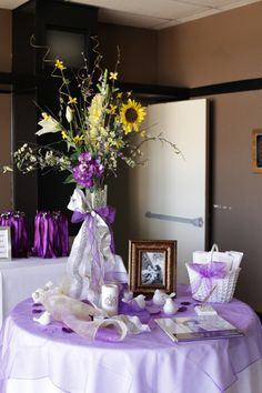 Purple Sign In Table