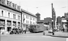 1946 view of Franklin Street between Eighth and Ninth streets in Oakland