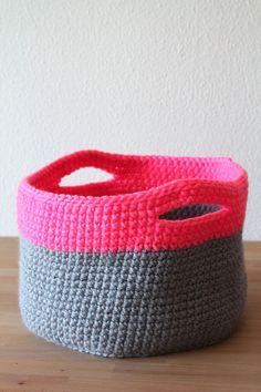 Free crochet pattern for Neon touch baskets on Haakmaarraak.nl
