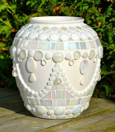 White glass mosaic and ceramic flower vase by Etsy mimosaico Mosaic Planters, Mosaic Vase, Mosaic Flower Pots, Ceramic Flowers, Flower Vases, Mosaic Tiles, Tiling, Mosaic Crafts, Mosaic Projects